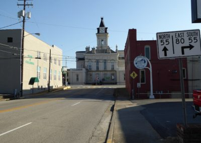 2017_Columbia_ KY_courthouse